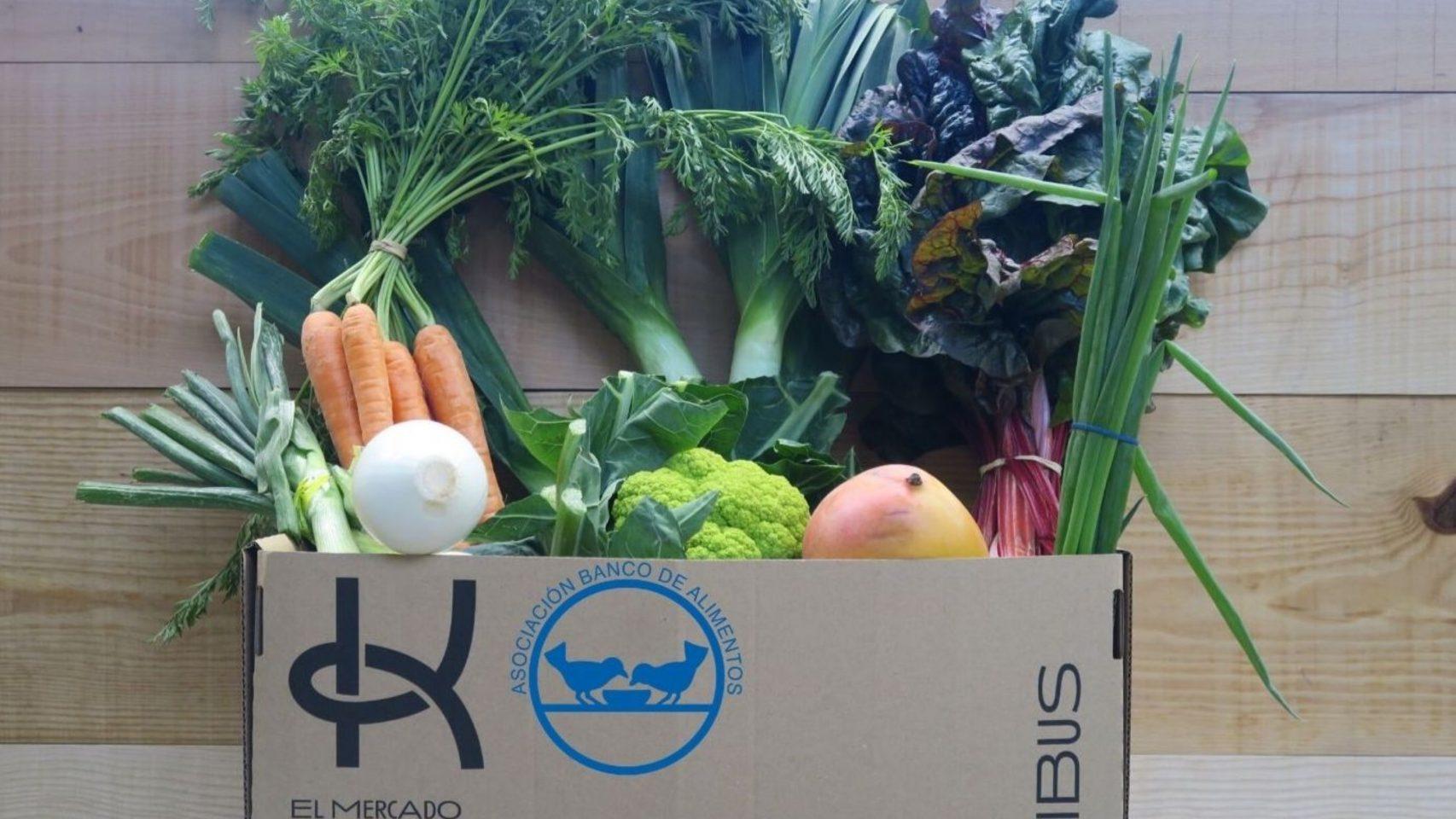 La empresa coruñesa Kibus crea cestas solidarias para donar al Banco de Alimentos