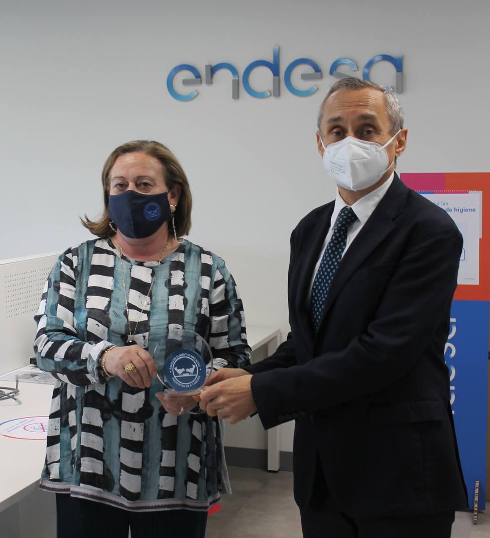 """""""El Banco de Alimentos Rías Altas agradece a Endesa la donación de 25.000 €"""" COPE"""